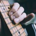 ギタリストの小指のばたつきをなくす3つのトレーニング