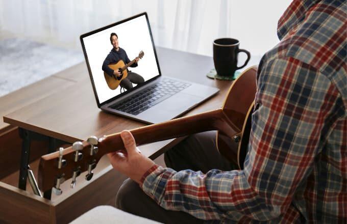 ギターの押さえ方が画面越しでもわかりやすい